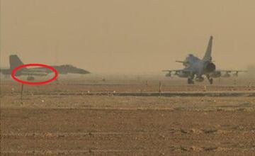 歼11挂霹雳15亮相红剑军演 400千米内秒杀预警机