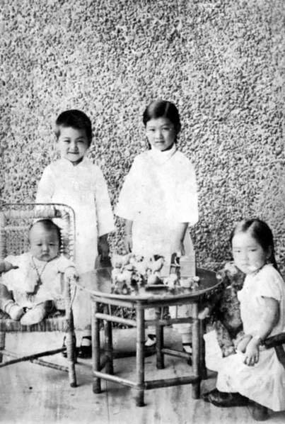 """用25字征服""""中国核弹之父""""的第一美女"""