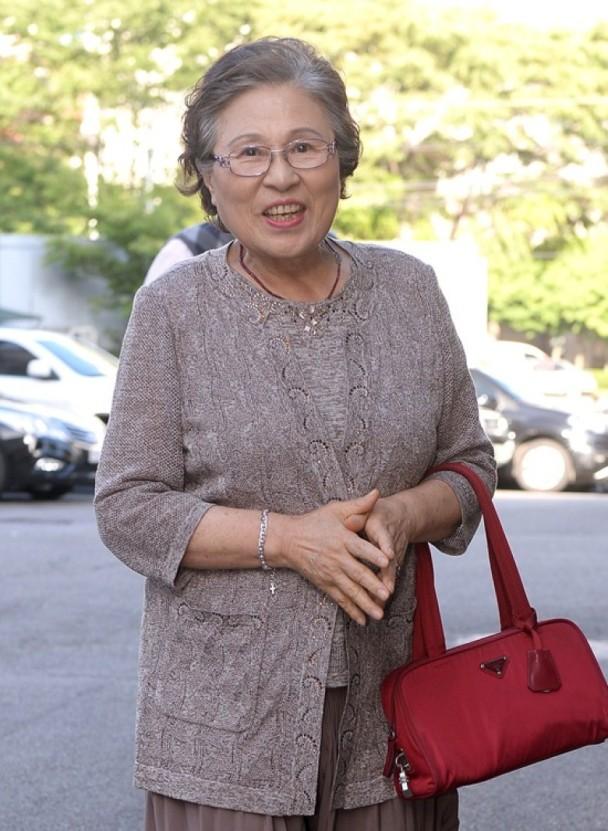 韩国元老级演员金志英19日病逝 享年78岁