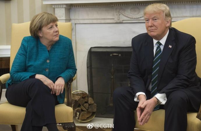 为啥不跟默克尔握手?川普发了这样一条推特(图)