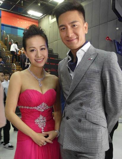 黄心颖谈绯闻男友马国明:相处了解中的朋友