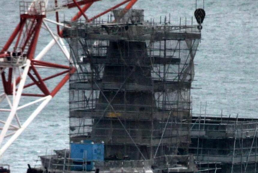 """001A安装舷窗准备下水 完工程度超昔日""""瓦良格"""" - 今日延安 - 今日延安影视音画博客"""