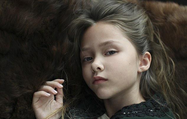 酷!美7岁女童执着追梦签约成模特_健康频道_凤凰网