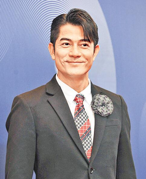 郭富城被曝下月娶方媛 经纪人称可能年内结婚