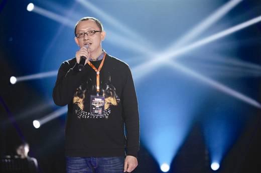 洪涛远赴欧洲 疑接洽选手为《歌手6》挖人