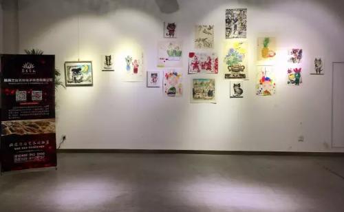 教师美术作品展_西安首届少儿教师美术作品展六一启幕