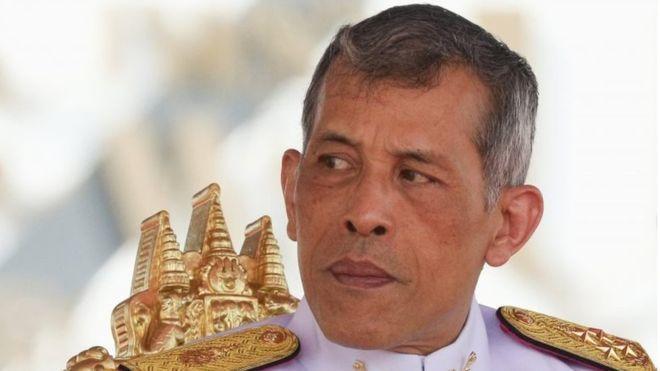泰国国王在德国骑单车 遭当地少年持空气枪攻击