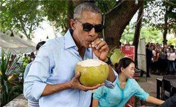 奥巴马与家人重游巴厘岛