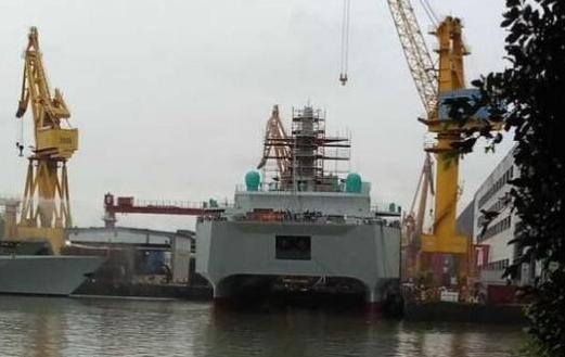 中国新型双体船即将下水 类似美监测船