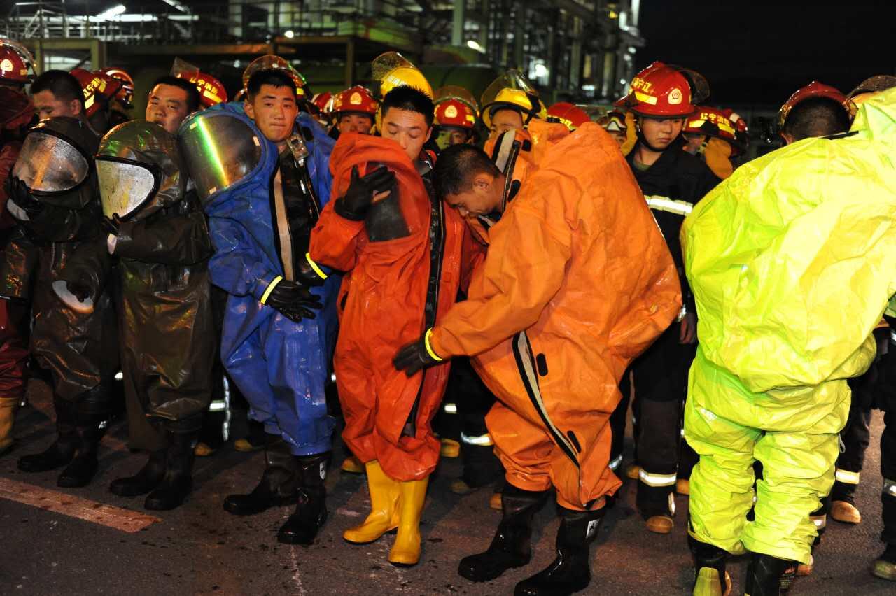 沈阳市氯气泄漏事故应急救援实战演练圆满结束