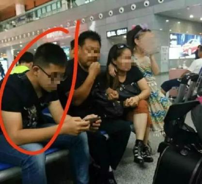 警方:南京火车站遭猥亵女童系养女