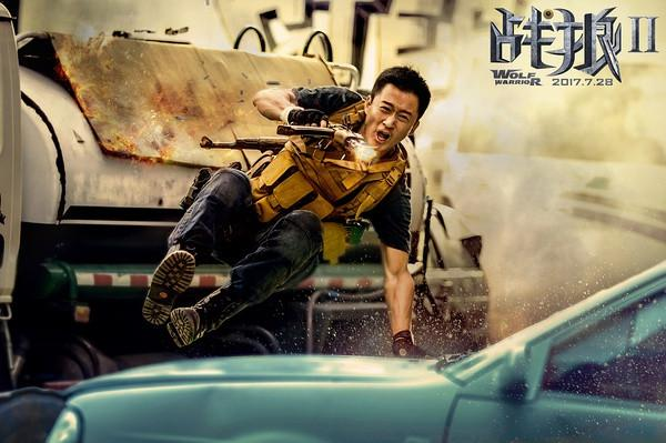 《战狼2》成首部跻身全球票房TO黑丝恋梦 P100的中国影片