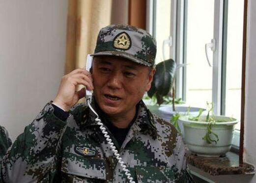 苗华担任中央军委政治工作部主任
