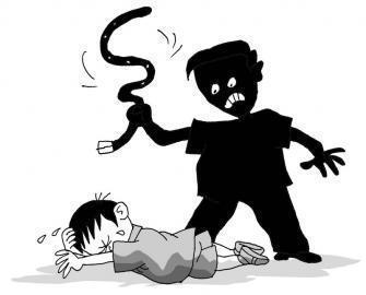看到养母虐待孩子,你会怎么做