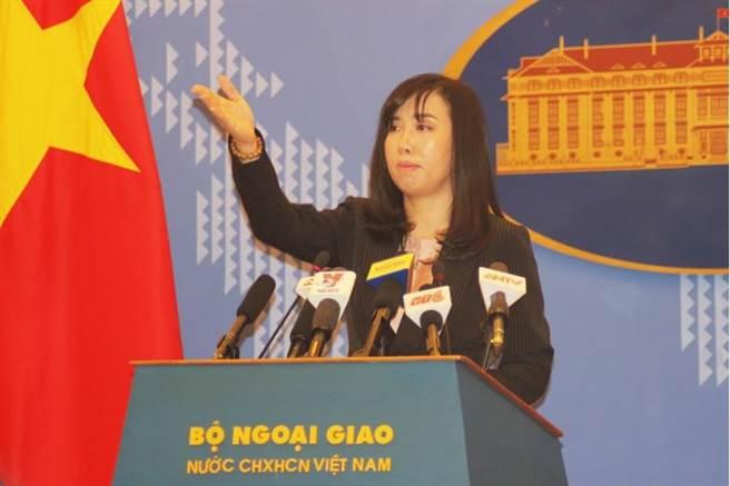 解放军西沙军演引越南抗议 外交部:中国主权范围内的事