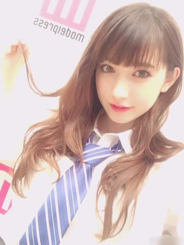日本最可爱混血女高中生中村友茉 写真甜美清新