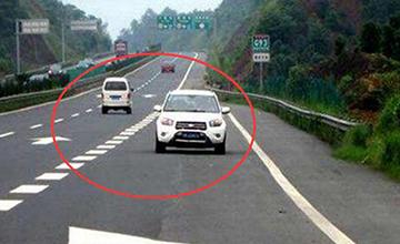 跑高速隧道一定要留意这个标志,否则6分就没了