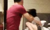 女子被丈夫抓住现行 反口辱骂遭暴打