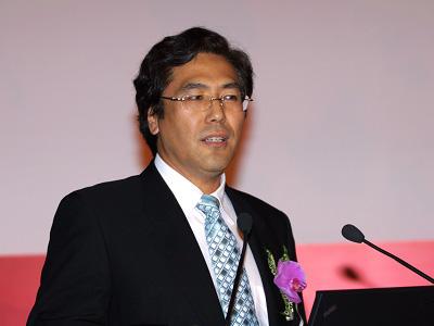 清华教授崔保国违规买卖股票被上交所公开谴责