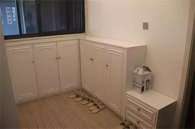 鞋柜下面究竟需不需要留空?不要等装修完后悔