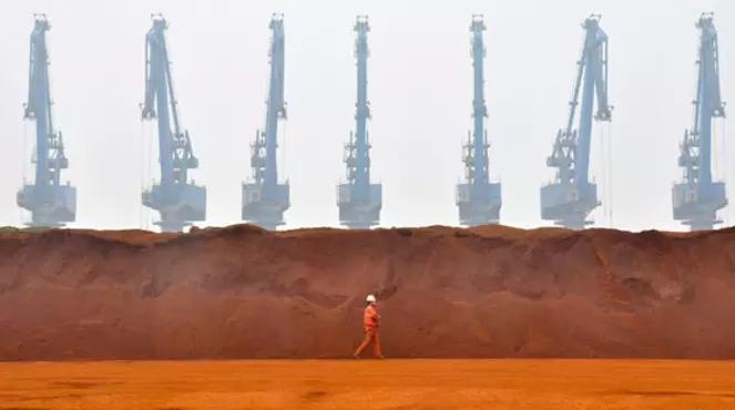 中国冬季环保影响到3000万吨钢产 铁矿石价格已跌破每吨60美元