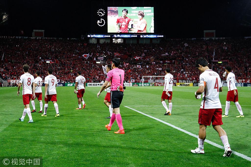 粤媒:博阿斯战术单调暴露短板 上港表现不配进决赛