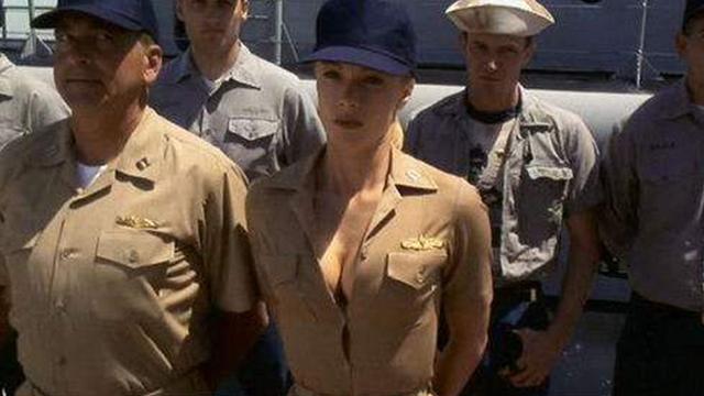 各国军队为何禁止女兵上潜艇?