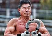62岁老人全身魔鬼肌肉