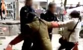 两城管暴力执法殴打女摊贩 已被调离岗位待岗一年