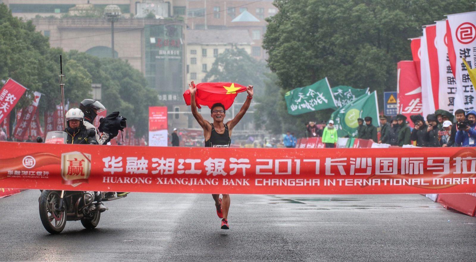 一寸照片的尺寸是多少_中国河南总人口是多少