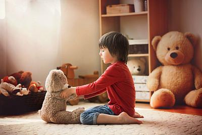 """孩子也会得""""风湿性关节炎"""",哪些症状需警惕?"""