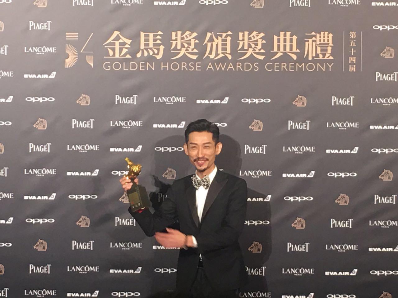 陈竹昇凭《阿莉芙》变性女人一角 夺最佳男配角