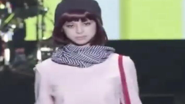 日本东京女孩服装秀 很漂亮的女生和精致的服装