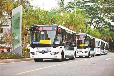 深圳现 无人驾驶公交车高清图片