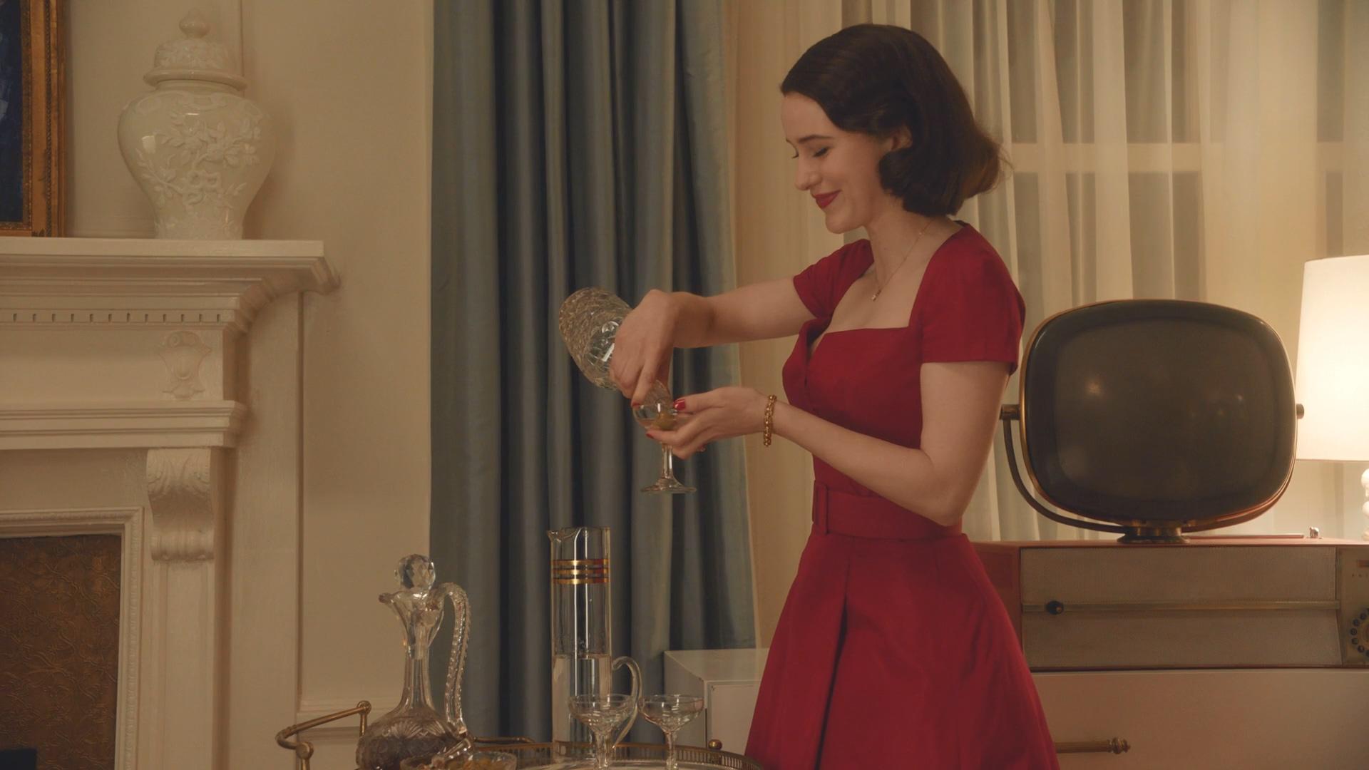 《了不起的麦瑟尔女性》是把夫人适合的老短发心型脸励志女生图片