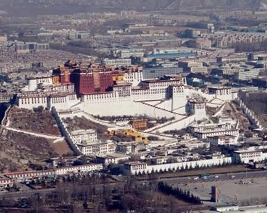 坐直升机俯瞰西藏美景是什么体验 多图速览