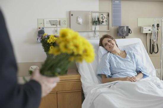 老公想倾其所有治疗癌症婆婆,我该怎么办?