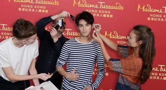 吴磊个人首尊蜡像将入驻香港杜莎 6小