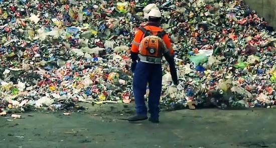 中国禁令让欧美多国垃圾无处安放 日媒忧陷混乱