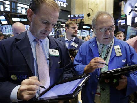 过去一周投资者从美股基金撤走239亿美元 创纪录
