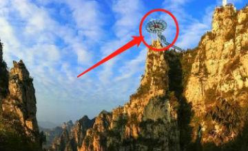 中国又一项奇迹!只靠几根钢架支撑 比玻璃桥刺激(图)
