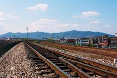 蒙华铁路开始全线铺轨 我国在建最长的重载铁路 终点为吉安