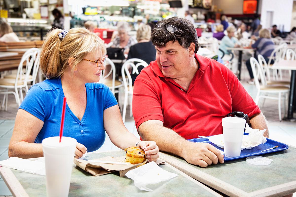单身狗福音!研究发现恋爱会让人肥胖