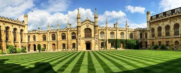 """扎克伯格称剑桥大学卷入数据泄露事件 对方称""""意外"""""""