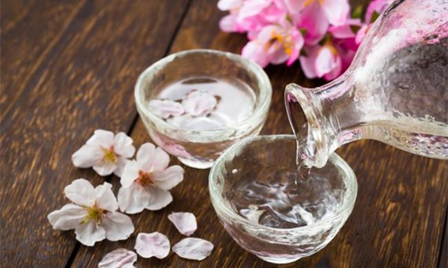 第一口像蜂蜜,第二口像甜茶,这杯独一无二的酒最值得喝