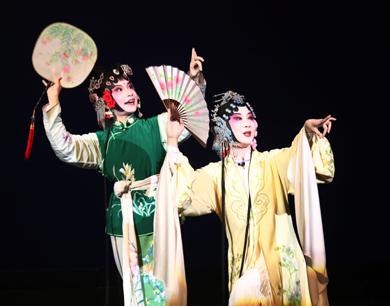 昆曲校园传承版《牡丹亭》在抚州唱响(图)