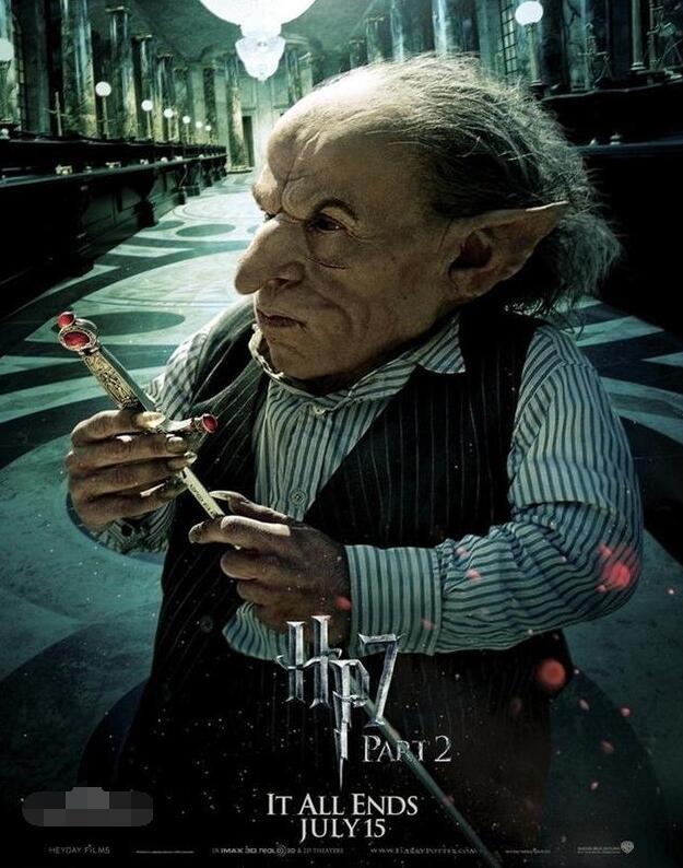 49岁侏儒男星逝世 曾演《哈利波特》银行精灵拉环