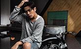 周杰伦新曲5.15上线 MV造型复制学生时代中分头
