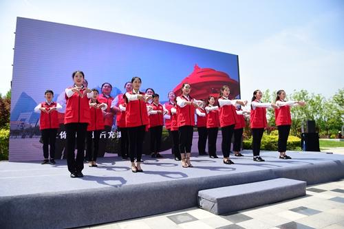 服务上合峰会 青岛地铁志愿者队伍正式上岗