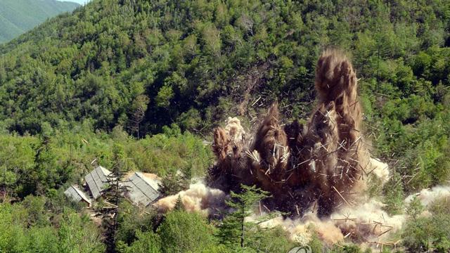 现场:朝鲜炸毁丰溪里核试验场